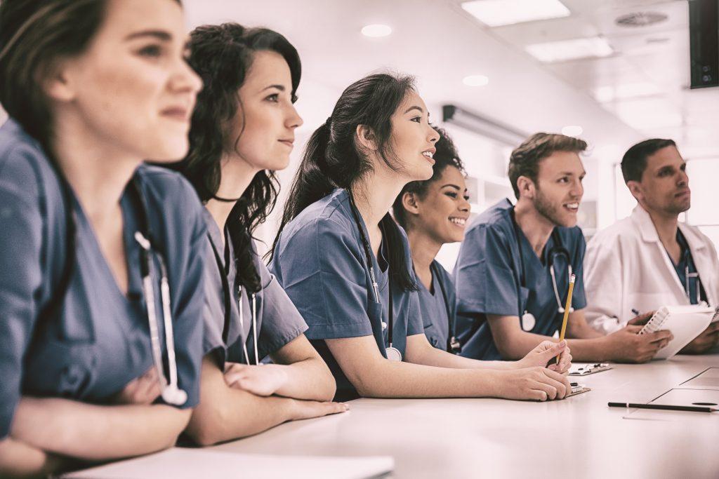 Medicinos profesiju bandomoji programa