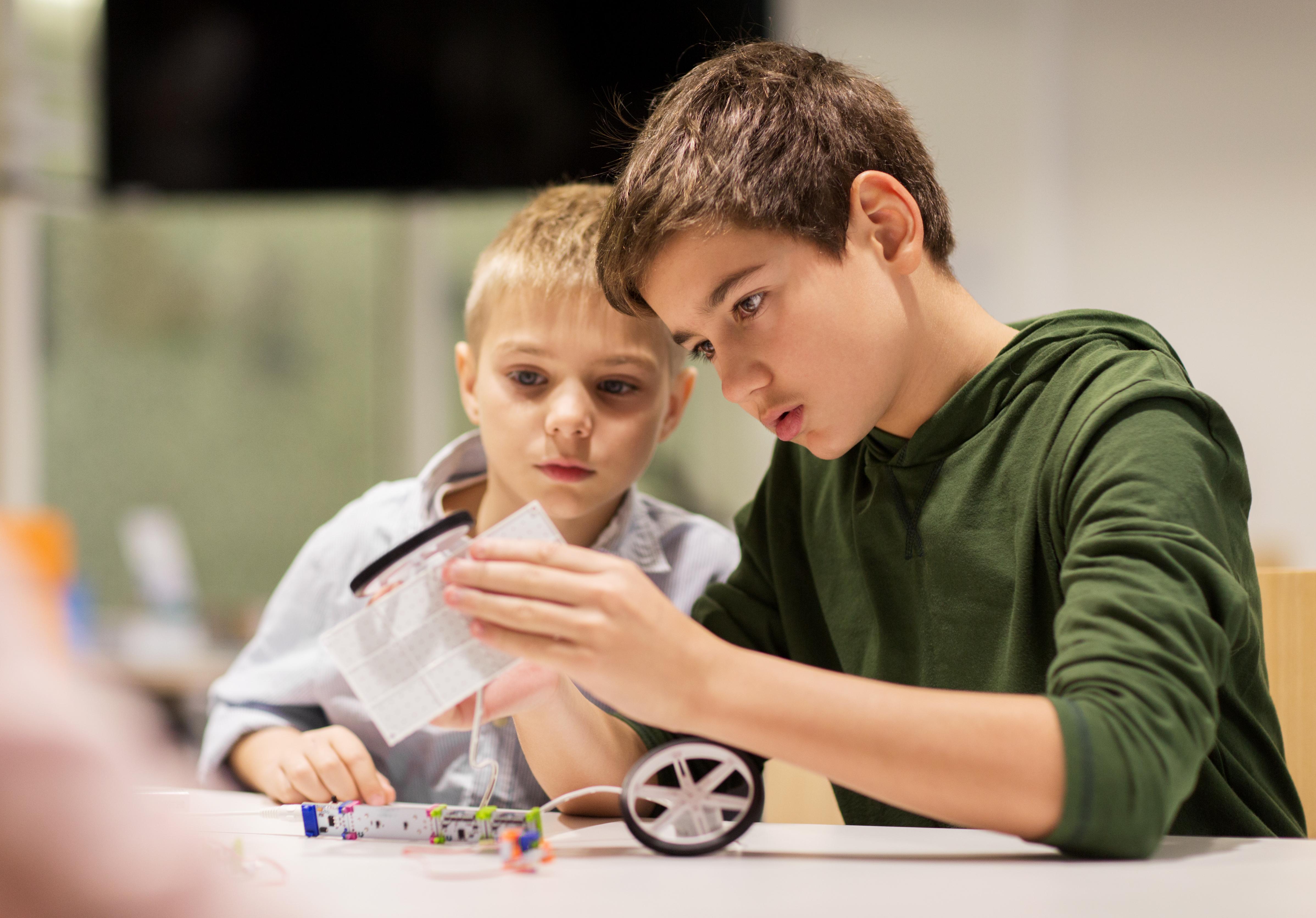 Pomėgių stovykla Bosvorte: Robotika ir programavimas