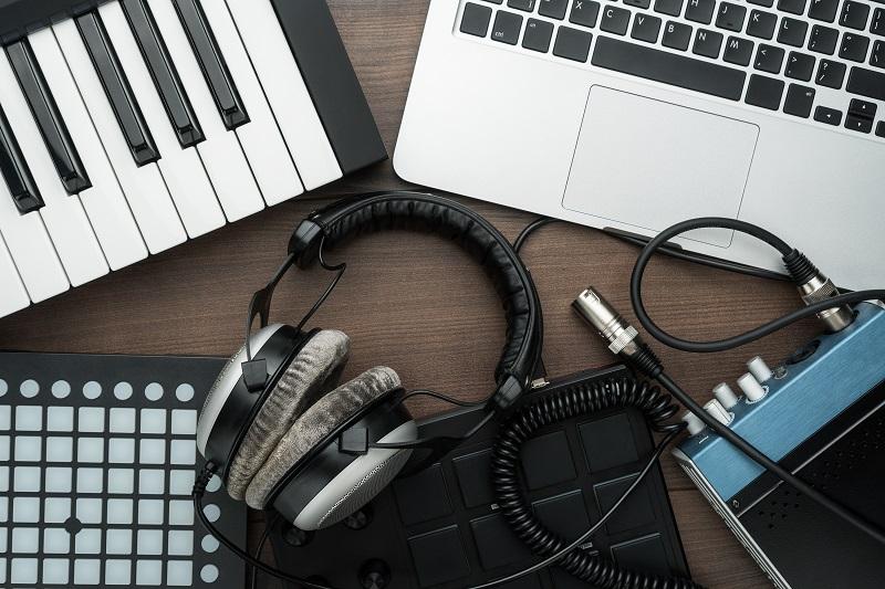 Muzikos leidybos (Music Production) kursas Kembridže