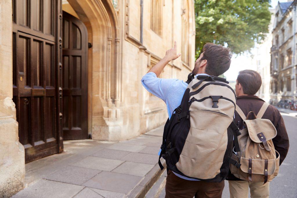 Oksfordo koledžas ir Kembridžo koledžas Tarptautinės vasaros mokyklos, 2020